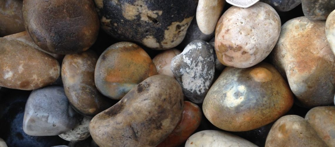 40-20mm Beach Pebbles