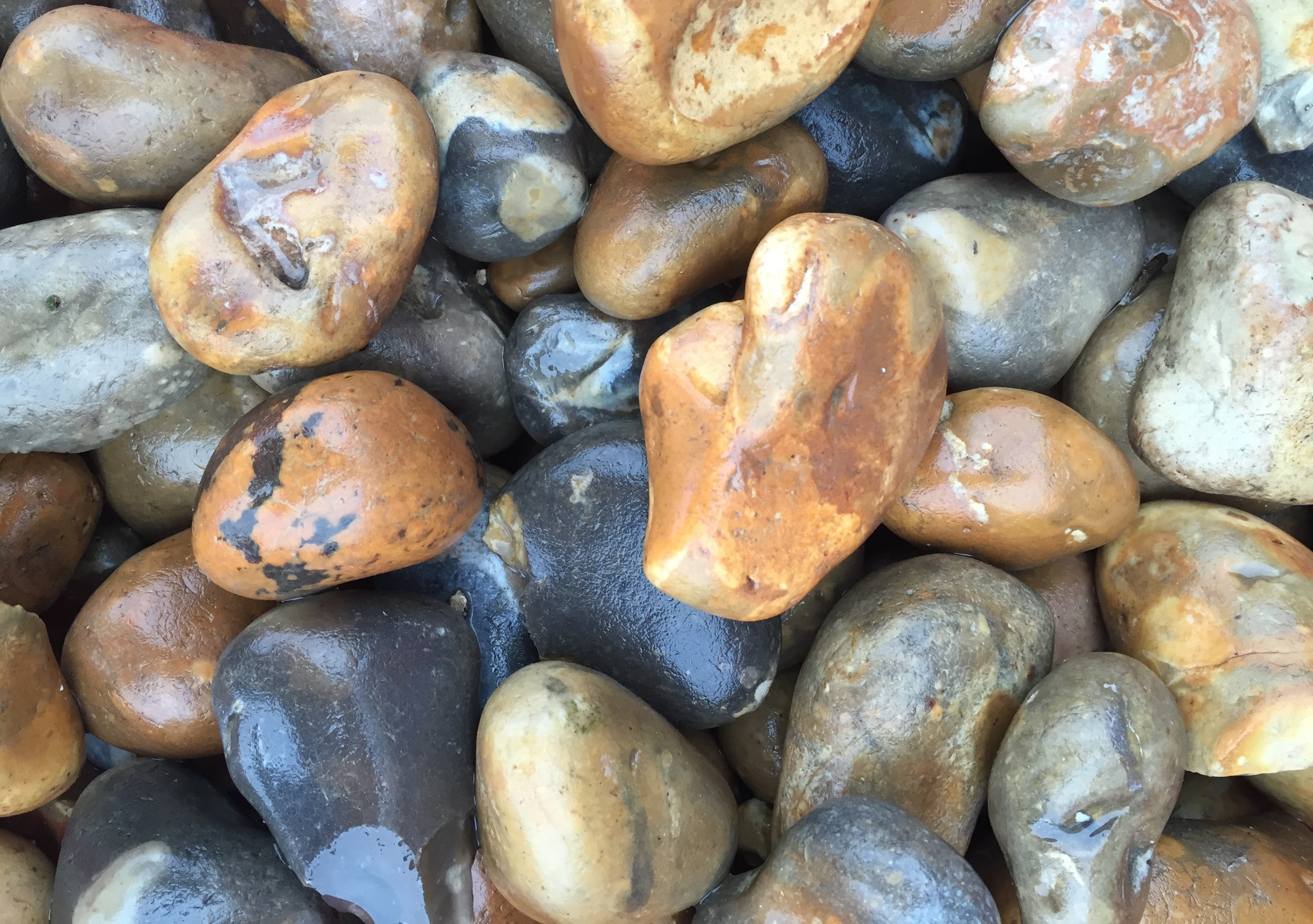 40-20mm Pebbles (Wet)