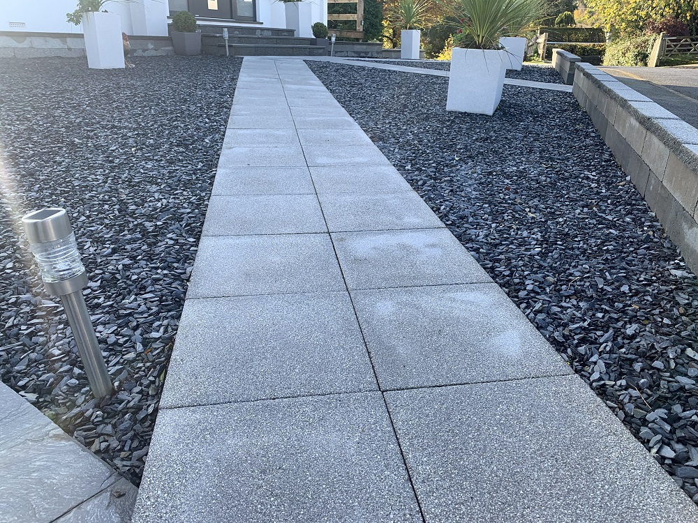 Textured 450x450mm Dark Grey 20mm Graphite Slate Chippings